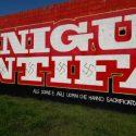 """Il murales antifascista di Niguarda ancora deturpato ma subito tornato """"più bello e lucente di pria"""""""