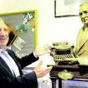 Umberto Di Donato non è solo il creatore del museo per le macchine da scrivere ma su di esse scrive anche dei bei libri