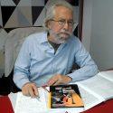 Flavio Maestrini, scrittore meneghino,con il suo ultimo libro