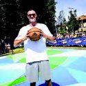 Grazie al campione Danilo Gallinari in viale Sarca un nuovo campo per giocare a basket