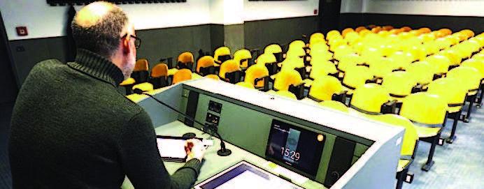 Università Bicocca: c'è qualcuno che fa lezioni in presenza?